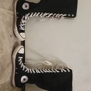 I am selling high top converse